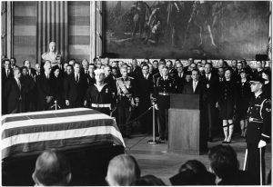 Richard Nixon eulogizes Dwight Eisenhower